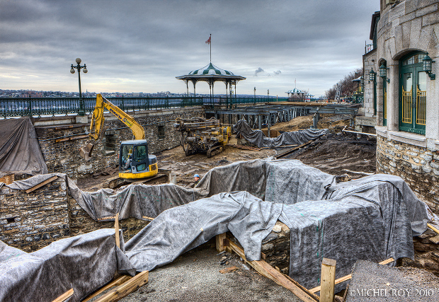 the work that will be covered by the walkway at Dufferin Terrace, Quebec City