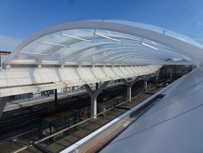 Salzburg Main Station With Etfe Polymer Roof