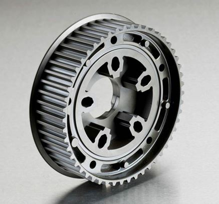 Thermoset toothed belt wheel for a camshaft drive with integrated setting device for adjustment of the camshaft (Photo: Winkelmann Powertrain Components GmbH & Co. KG)