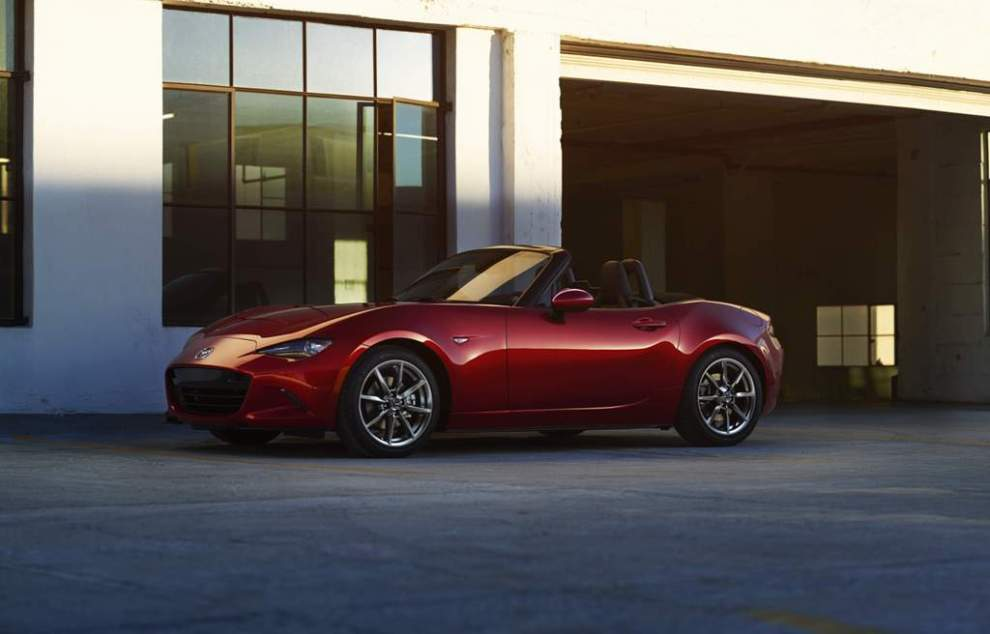 Picture: Mazda MX-5 with parts made from bio-based engineering plastic