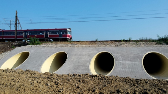 Hobas 3,000mm GRP pipe culverts jacked under railway
