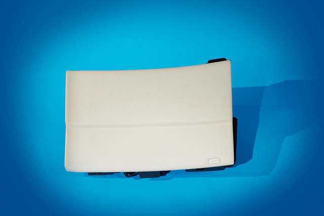 Active glove box system