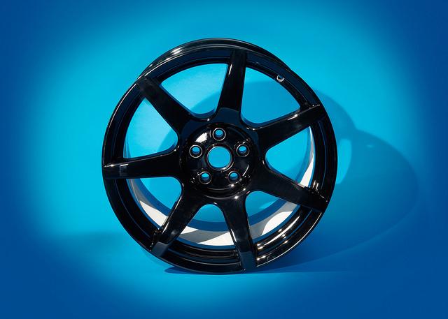 Carbon composite wheel