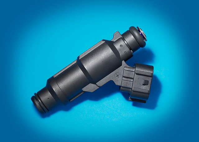 Heated-tip fuel injector