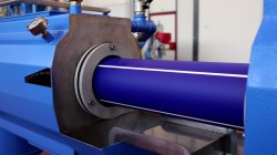 Extrusion of multilayer pipe